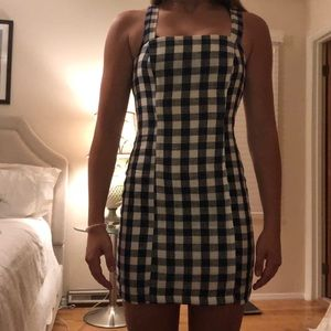 navy and white trendy dress   (NWT)